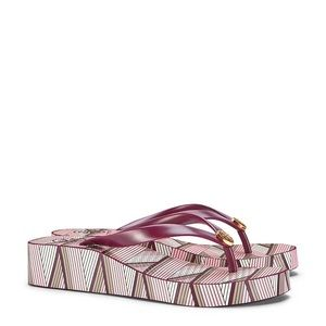🌸Tory Burch Clay Pink Wedge Size 8🌸